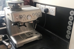Coffee machine splashback